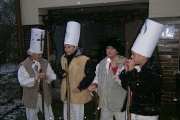 Kostýmy betlehemcov.