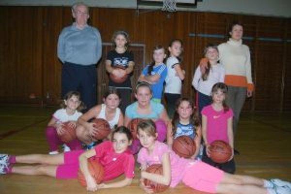 O mládežnícky basketbal sa v Novom Meste starajú.