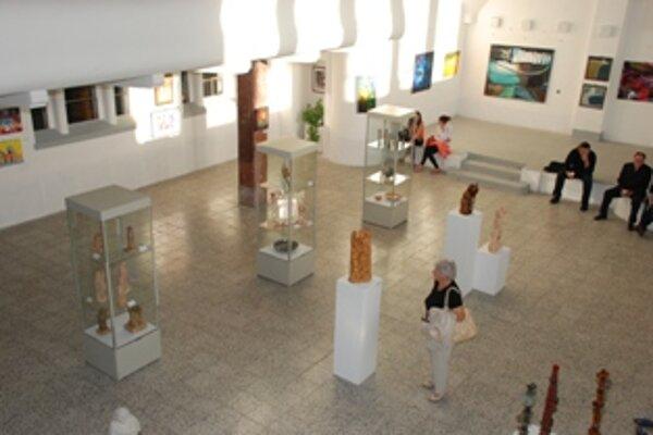 Výstava v Art centre Synagóga potrvá do 30. septembra.