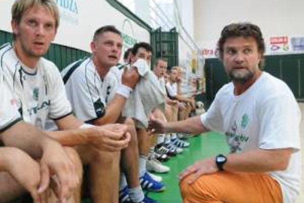 Prešovskí hádzanári obhájili bez problémov víťazstvo v českej extralige.