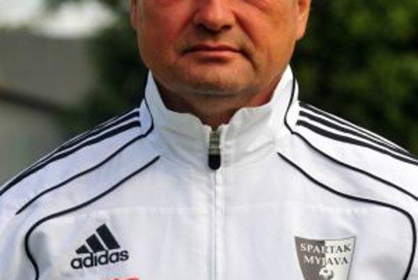 Tréner Spartaka Myjava Ladislav Hudec.