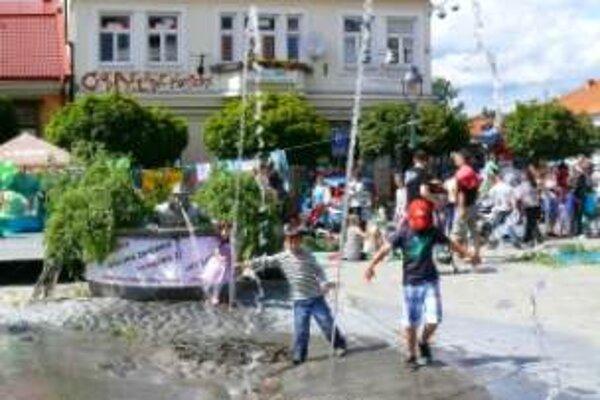 Šiesta vodnícka párty na Štúrovom námestí