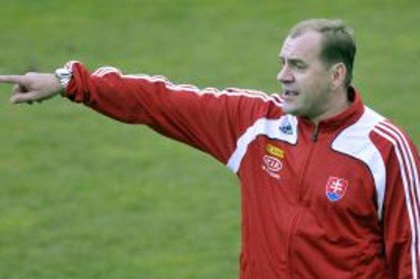 Vladimír Weiss sa snaží udať reprezentácii správny smer.