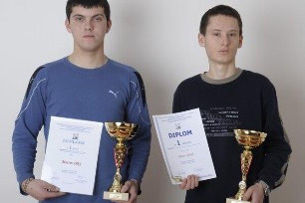 Víťazi celoštátnej súťaže Zenit Martin Dlhý (vľavo) a Martin Valášek.