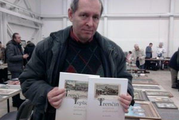 Trenčiansky zberateľ starých pohľadníc Ján Hanušin vydal už niekoľko kníh