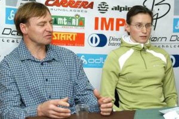 Tréner Ján Valuška s Alenou Procházkovou.