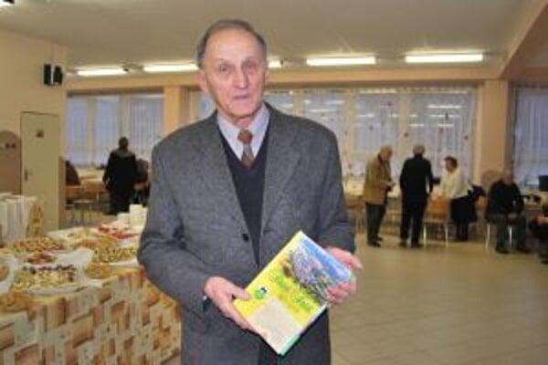 Spoluzostavovateľ monografie Marián Róbert Zemene.