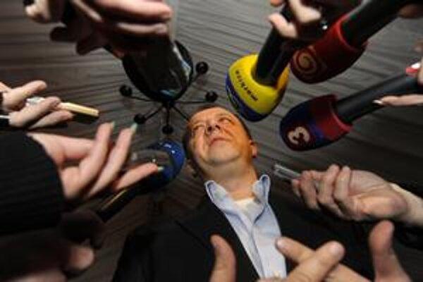 Nezávislý Richard Rybníček bude podporu Smeru potrebovať.