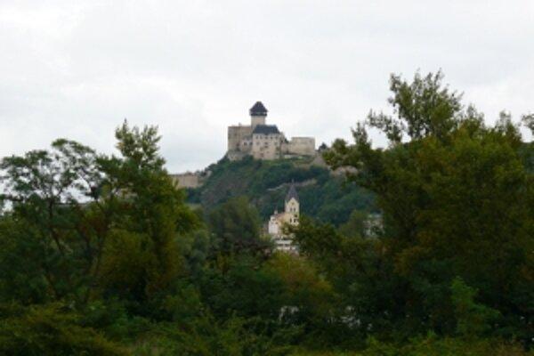 Opravy na hrade začnú až na jar.