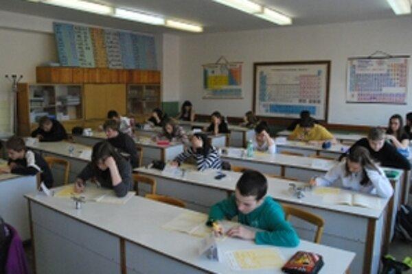 Deviataci riešili dvadsať úloh z matematiky i slovenského jazyka