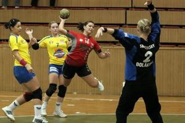 Alžbeta Rechtorisová (č. 14) na Pasienkoch strelila tri góly