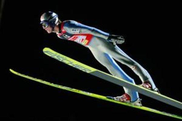 Thomas Morgenstern počas pretekov SP v skokoch na lyžiach v rakúskom Villachu.