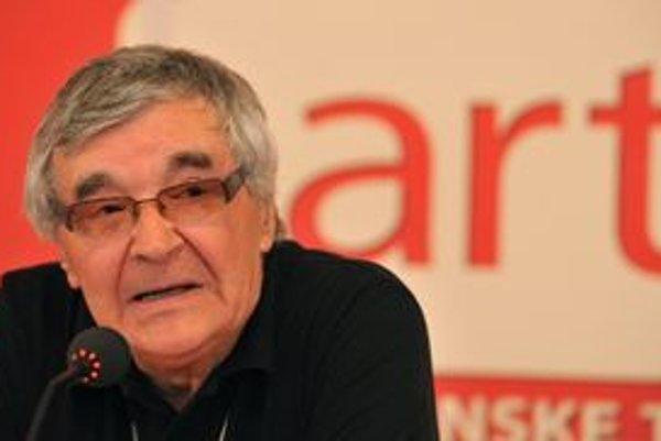 Zakladateľ trenčianskoteplického medzinárodného filmového festivalu Art Film Fest Peter Hledík.