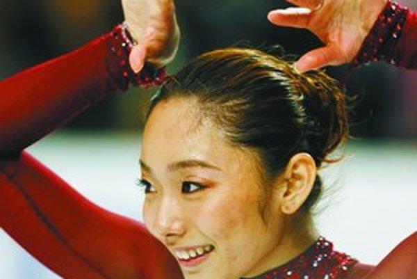 Miki Andová, pred tromi rokmi juniorská, teraz aj seniorská majsterka sveta – na ZOH 2006 bola až pätnásta.