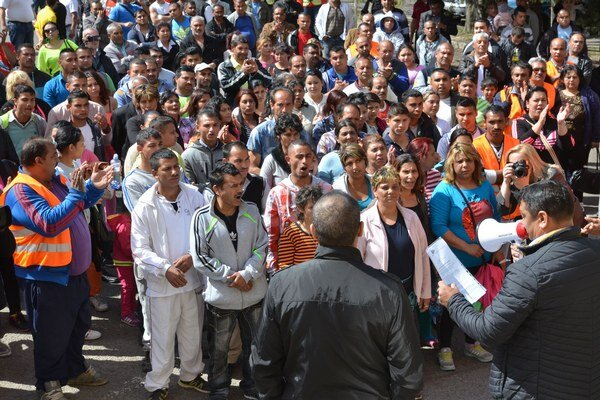Na protestnom pochode Rómov v Michalovciach bolo asi 250 ľudí.