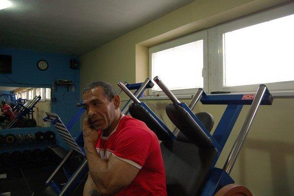 Nie je to spravodlivé, že neolympijské športy ako kulturistika, karate či triatlon nemôžu získať príspevok, povedal pre Sme Cibuľov tréner Dušan Ďubek.