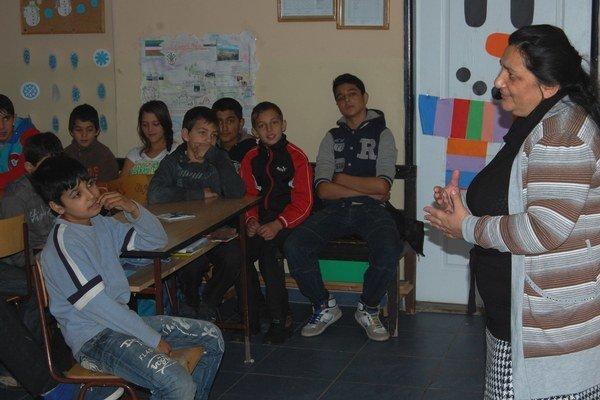 Projekt má pomôcť vzdelávaniu v územiach s najväčšou koncentráciou Rómov na Slovensku.