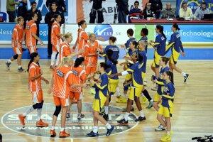 V Košiciach pokračovala A-skupina ženskej euroligy v basketbale. Domáce nastúpili proti ruskému supermužstvu spoza Uralu. Zápas napokon tesne prehrali domáce o štyri body.