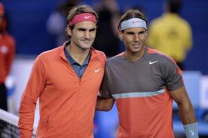 Roger Federer a Rafael Nadal pred zápasom.