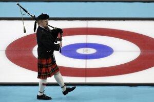Curlingové súťaže.