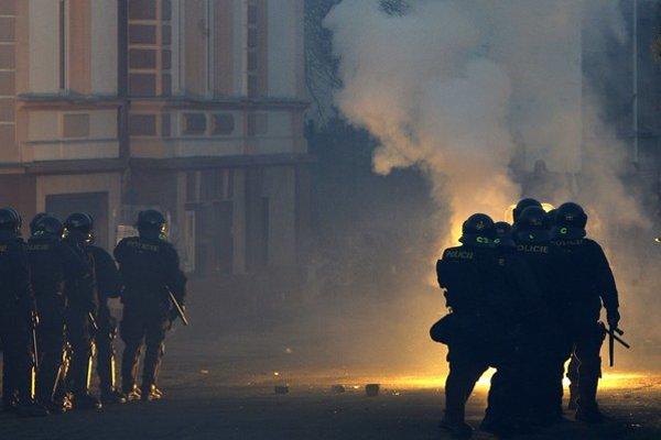 Česko sa radikalizuje, ľudia sa pridávajú na stranu krajnej pravice.
