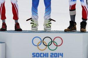 Medailisti v obrovskom slalome.
