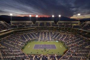 Tenisový dvorec turnaja v púšti neďaleko Los Angeles.