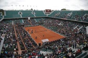Centrálny dvorec areálu Roland Garros.