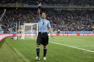Uruguajský útočník Luis Suárez strelil Anglicku dva góly.