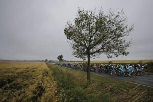 Pelotón po šiestej etape Tour de France.