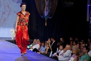 Fashion show Pavla Berkyho v BratislaveŠportová moderátorka Kristína Kormúthová