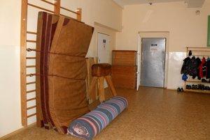 Chodby využívajú dlhé roky v lazianskej základnej škole na hodiny telesnej výchovy.