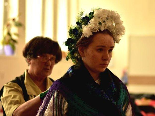 Nevesta z Čechyniec, upravuje ju Mária Jókaiová.