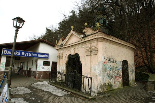 Baroková pamiatka potrebuje obnovu.