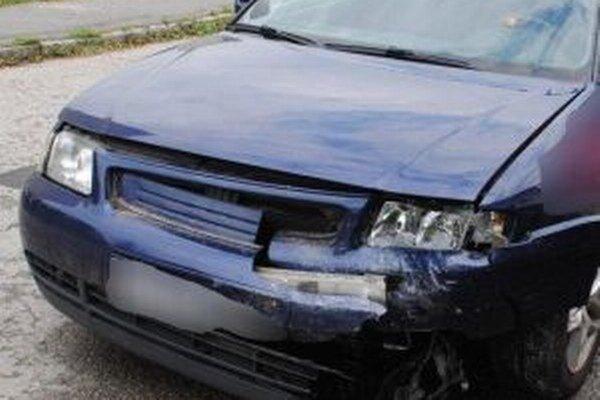 Vyše dve promile namerali policajti 61-ročnej vodičke, ktorá spôsobila na čadčianskom sídlisku dopravnú nehodu.