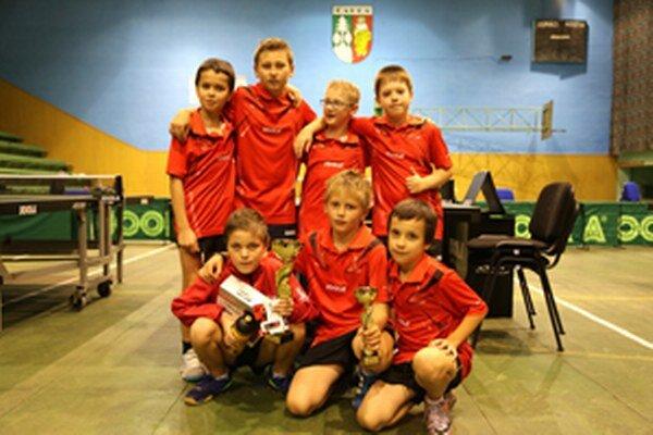 Hore zľava: Samuel Kubjatko, Marián Piala, Andrej Fritz, Radoslav Šramo. Dole zľava: Jakub Goldír, Michal Kapusta, Fedor Kallay.