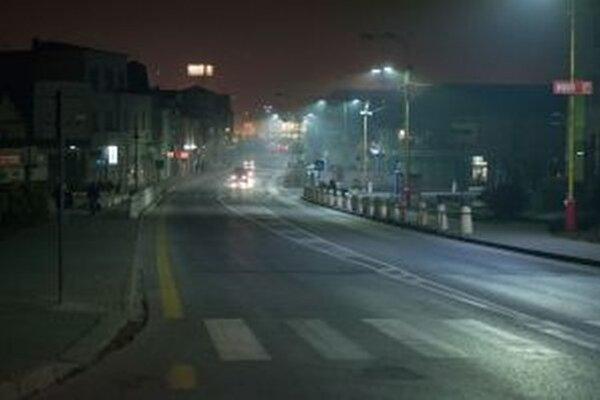 Mesto tento rok začalo s prvou etapou rekonštrukcie verejného osvetlenia.