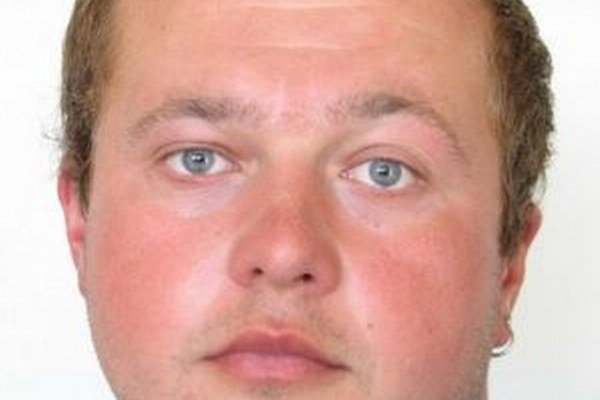 Čadčianska polícia pátra po 30-ročnom Vladimírovi Ramšákovi zo Skalitého.