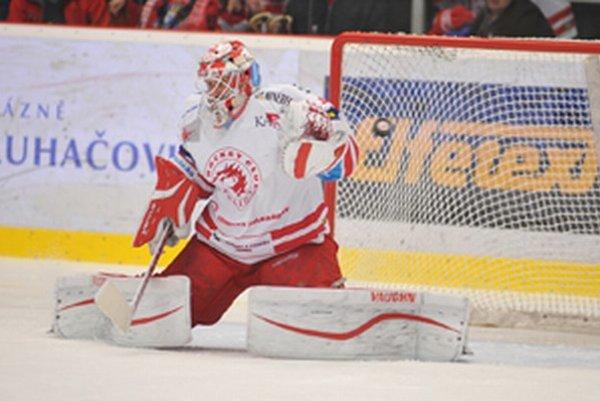 HC Oceláři Třinec bojujú o výhodnejšie postavenie v play off.