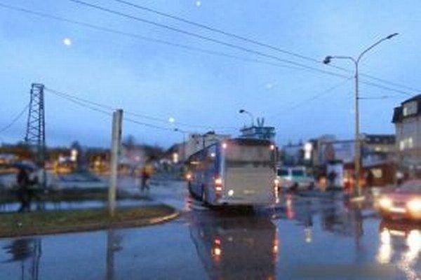 Polícia hľadá svedkov nehody, ktorá sa stala v stredu 10. februára v čase okolo 6.15 h v Žiline.