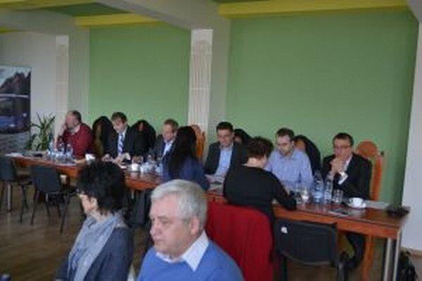 V Krásne včera rokovali kysuckí starostovia a primátori.