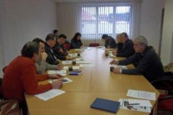Členovia Mikroregiónu Horné Kysuce sa zaoberali viacerýmivážnymi problémami.
