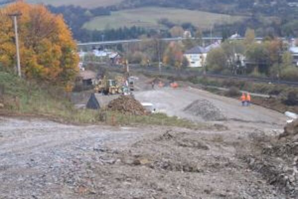 Slovenská správa ciest chce dokončiť obchvat v plánovanom termíne, teda v januári 2014.