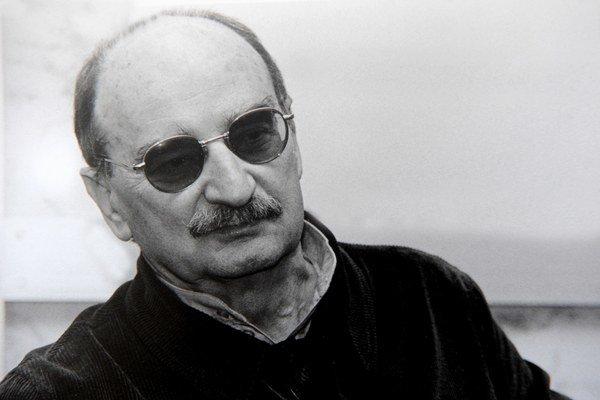 Slawomir Mrožek pri návšteve Bratislavy v roku 2000.