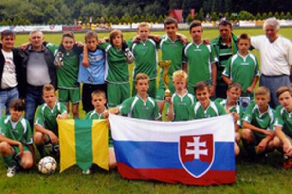 Starší žiaci Polomu Raková na turnaji v Poľsku.