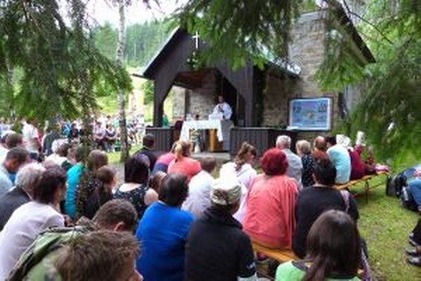 Každoročne sa svätoannenská púť koná na hore Kyčera.