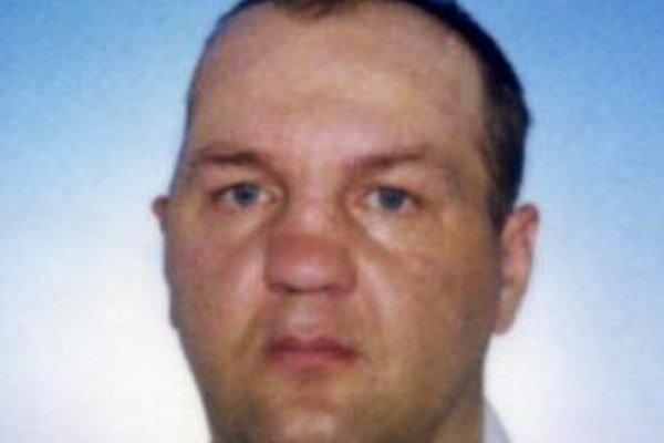 Nezvestný 44-ročný Jaroslav Prachniar z Čadce odišiel z Domova dôchodcov v Čadci minulý piatok a doposiaľ nepodal o sebe žiadnu správu.