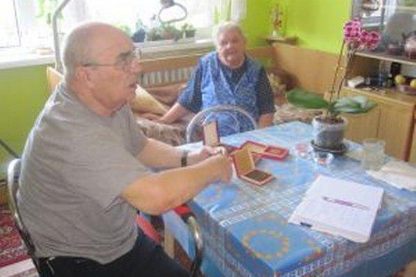 Spolu so svojou manželkou žije Rudolf Mackovčák v čadčianskom zariadení už 25 rokov.