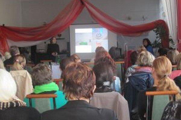 V horelickom zariadení zorganizovali seminár o miestnostiach Snoezelen.