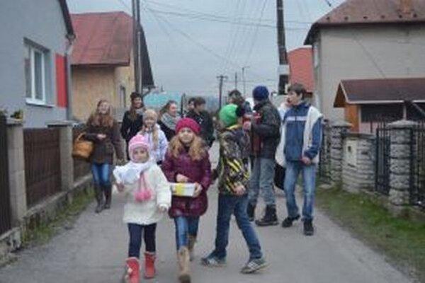 Deti a mládež v Krásne sa spojili pre dobrú vec. V Dobrej novine vyzbierali takmer 3000 eur.